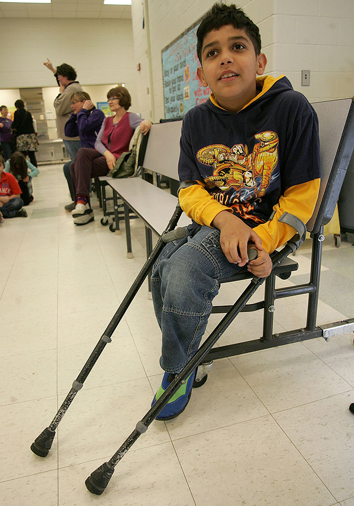 Hamzah Visits Wyoming Schools
